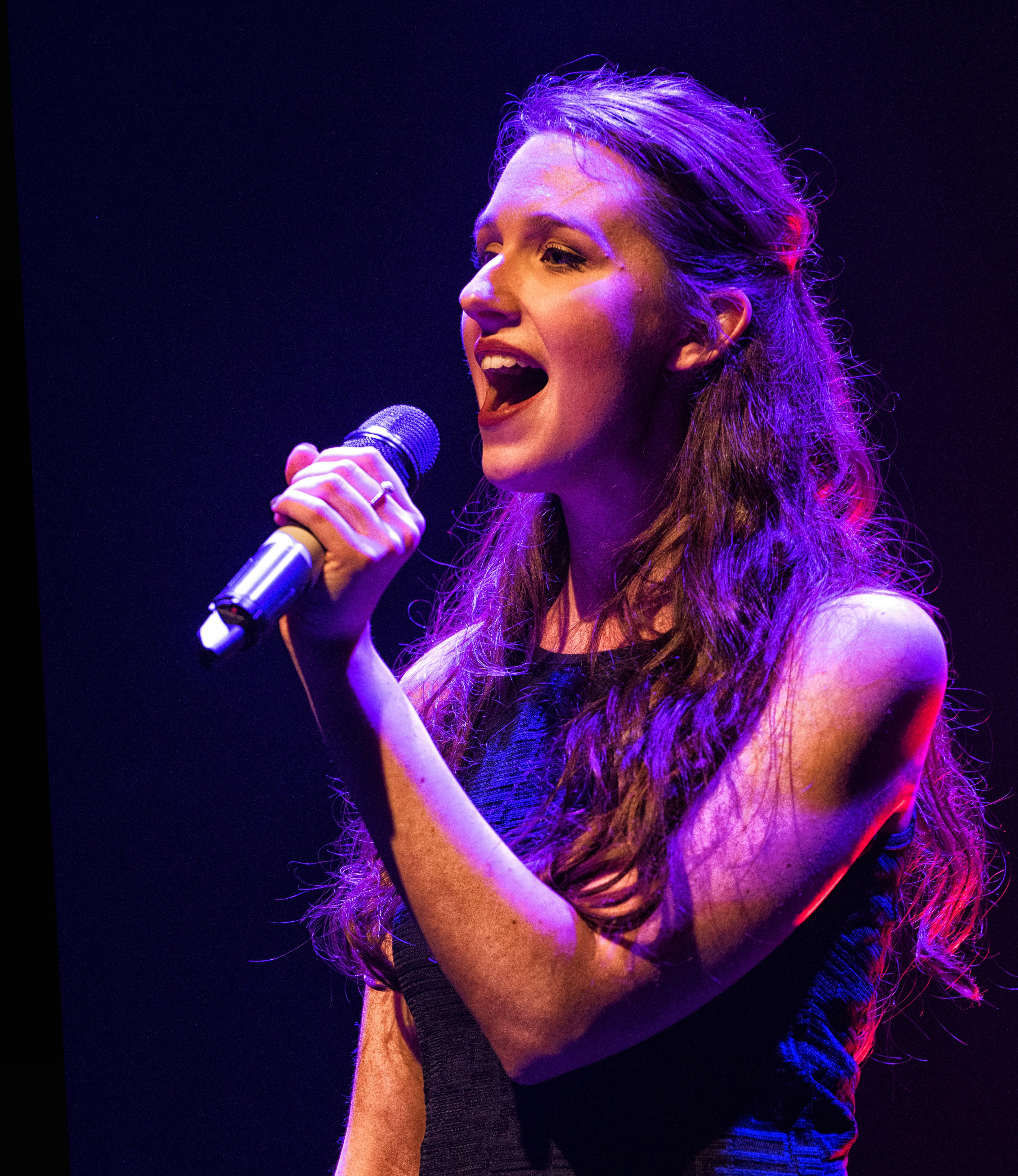 Gwen Lyon
